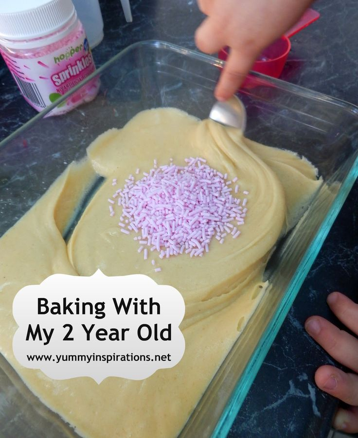Baking With My 2 Year Old I really need to start doing this