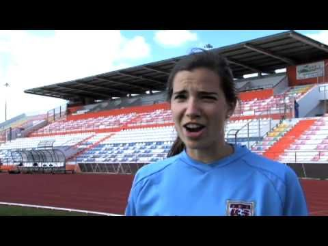 VIDEO: Trick shot battle, Tobin Heath vs. Yael Averbuch. (U.S. Soccer)