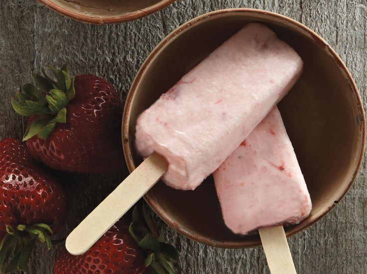 Strawberry Lassi Ice Pops | Cookstr.com