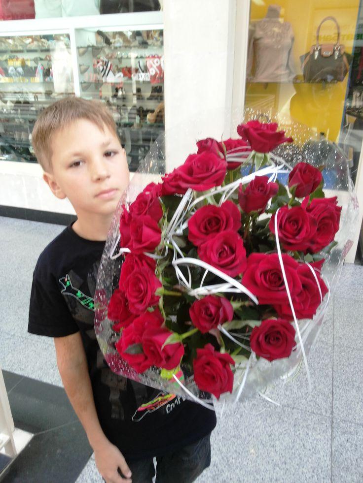 красивый букет роз, для самой родной.)