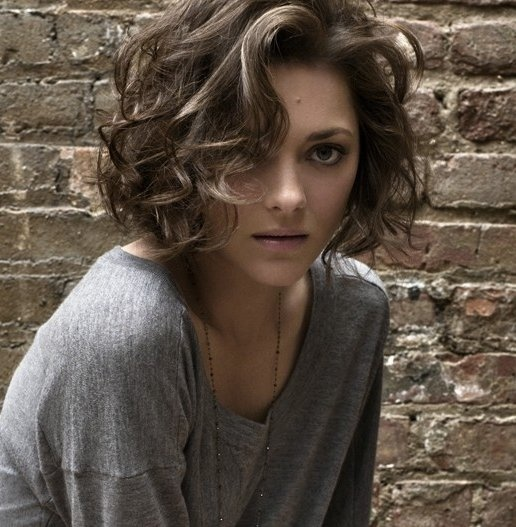 Marion Cotillard's curled and bobbed hair                                                                                                                                                                                 More