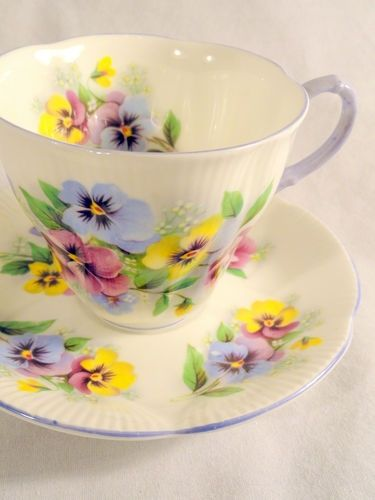 pansy tea cup and saucer