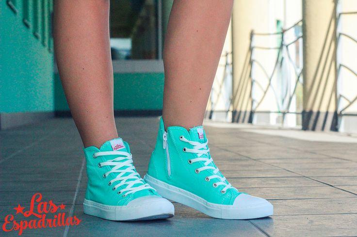 Бирюзовые кеды Las Espadrillas. Стильная обувь с особым цветом. Прекрасно подойдет молодым девушкам которые имеют чувство вкуса. 699грн на http://lasespadrillas.com. #buy #shoes #footwear #style #woman #man #sneakers #keds #converse #Обувь #стиль #journal #vans #look #like #madeinukraine #hypebeast #sneakerfreaker #sneakernews #goodlook #кеды #стиль #бренд #обувь #магазин