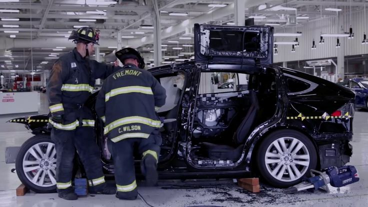 Tesla Model X First Responder Training   Advanced Extrication