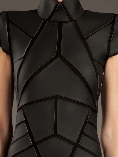 Structured Fashion - amazing bodice detail