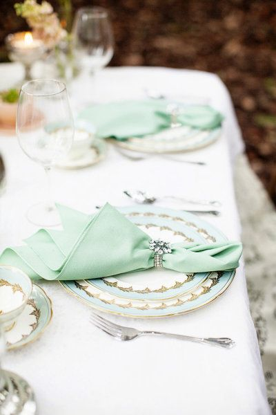 Mint china + napkins. Photography by Seriously Sabrina Photography / seriouslysabrinaphotography.com, Photography   Makeup by Chelsea Dawn Photography and Makeup Artistry / chelseadawn.ca, Event Planning by Blue Lily Event Planning / bluelilyevents.com, Floral Design by Platinum Floral Designs / platinumfloraldesigns.com