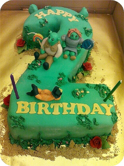 Shrek Birthday Cake Needs A More Realistic Shrek