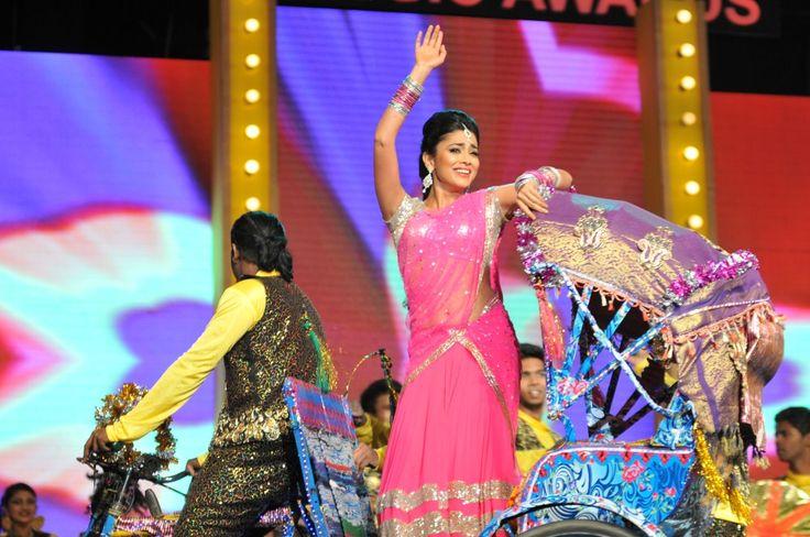 Shriya Saran Latest 2016 Hot Photos In Pink Half Saree - Tollywood Stars