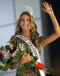 Jennifer Hawkins - Australia - Miss Universe 2004