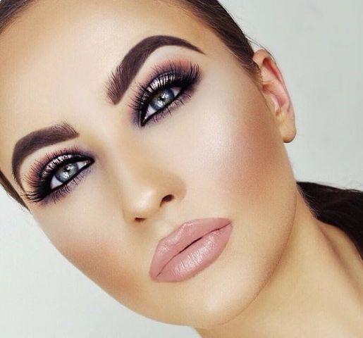 Makeup looks for Fall using Bella Reina Cruelty Free Mascara, Waterproof Eyebrow Pencil, and the Mineral Bronzing Powder #bellareina