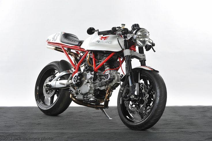 Ducati 1000 by Moto Brilliance