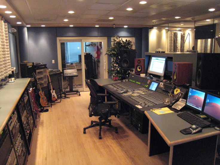 Podcast And Audio Rooms