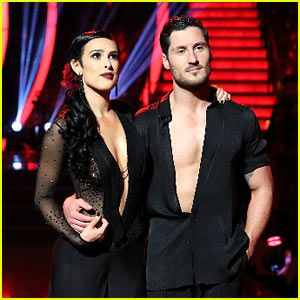 Dancing With the Stars  -  Val Chmerkovskiy &  Rumer Willis' fusion routine was apparently the icing on the cake as the couple claimed the season 20 mirror ball trophy -  week 10 finale  -  spring 20 15  -  (Video)
