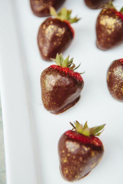 glitter & chocolate covered strawberries