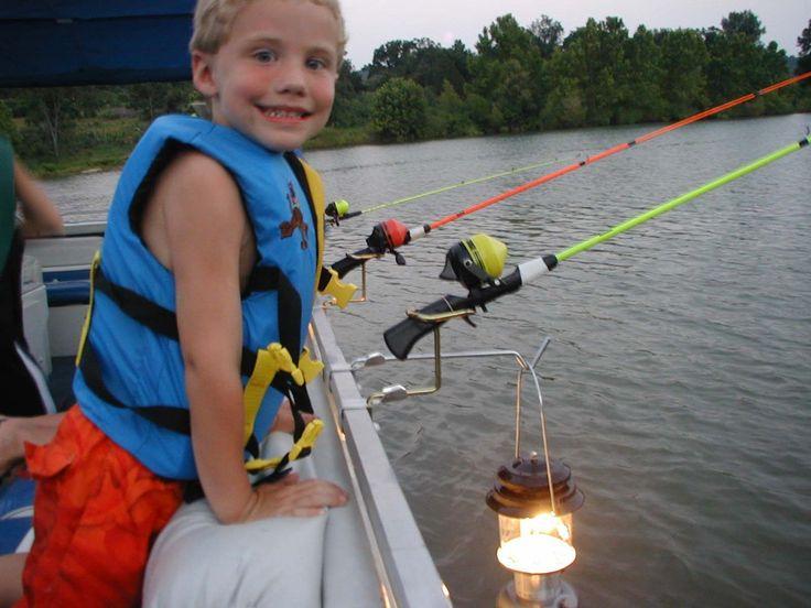 Pontoon boat rail fishing rod holder for Amazon fishing rod holders