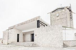 Risultati immagini per chiesa del borgo la martella