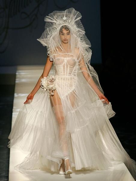 Этническое стилизованное свадебное платье жан поль готье