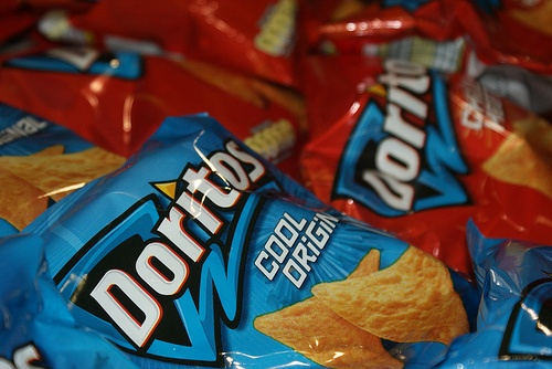 When ever I see these all I can think about is one of my favorite childhood memorys... DEAD PEOPLE DON'T EAT CHIPS LOGAN