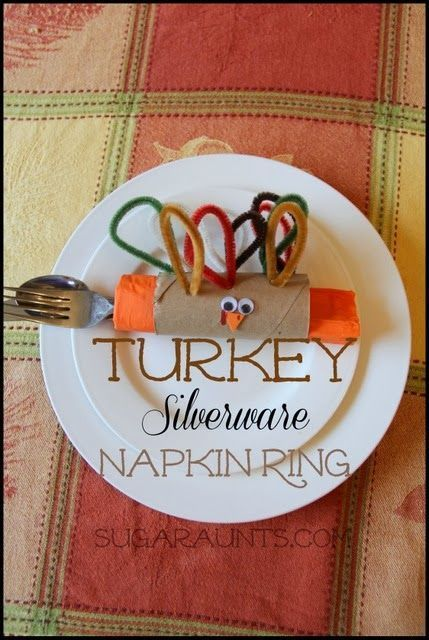DIY napkin rings Thanksgiving craft for kids from Sugar Aunts