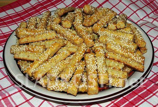 Sezamové tyčinky se šunkou a sýrem