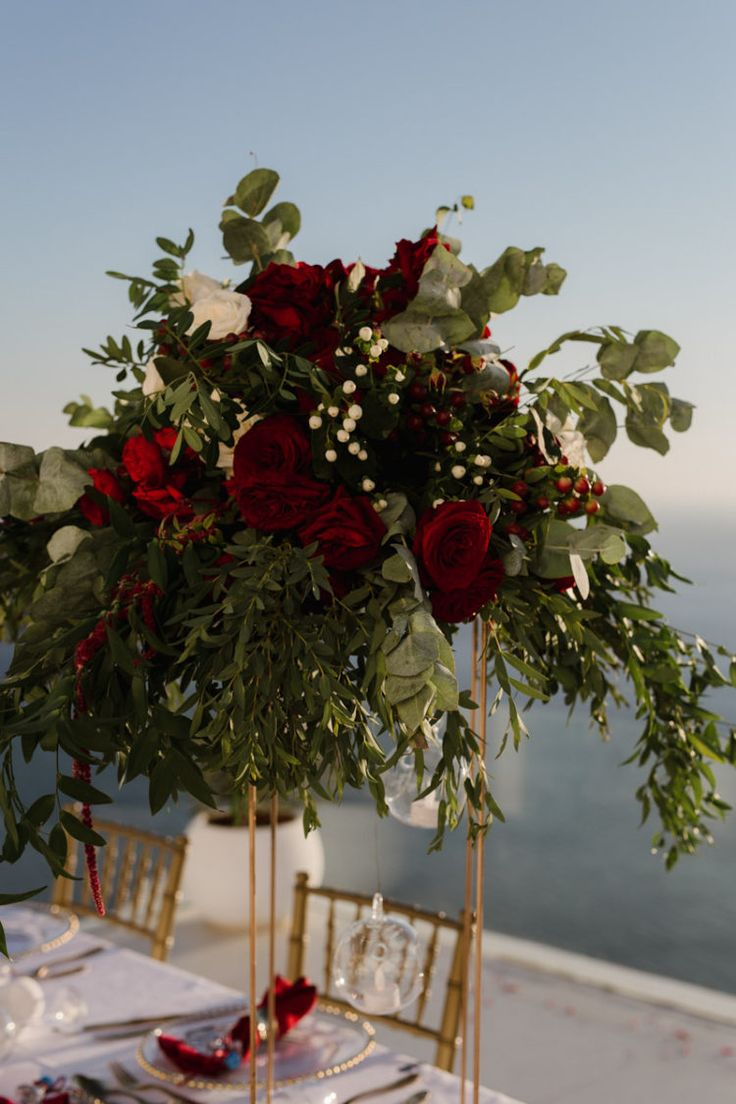 Destination wedding in Santorini island, Greece. Wedding planning and floras: Elite Events Santorini
