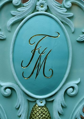 The gorgeous signature blue of Fortnum & Masons. Definitely on my to-do list :)