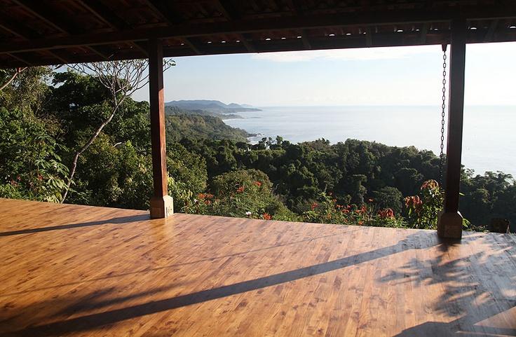 Ocean view yoga retreat and yoga school.