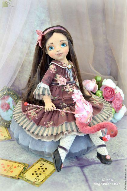 Коллекционные куклы ручной работы. Ярмарка Мастеров - ручная работа. Купить Алиса, будуарная текстильная кукла. Handmade. Бордовый, фламинго