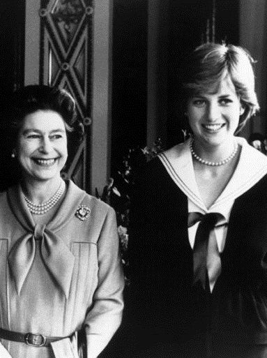 queen and diana relationship