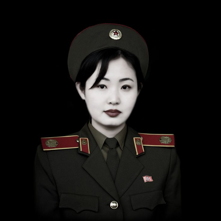 Miss Kim, Pyongyang  http://itunes.com/apps/lafforgueHD