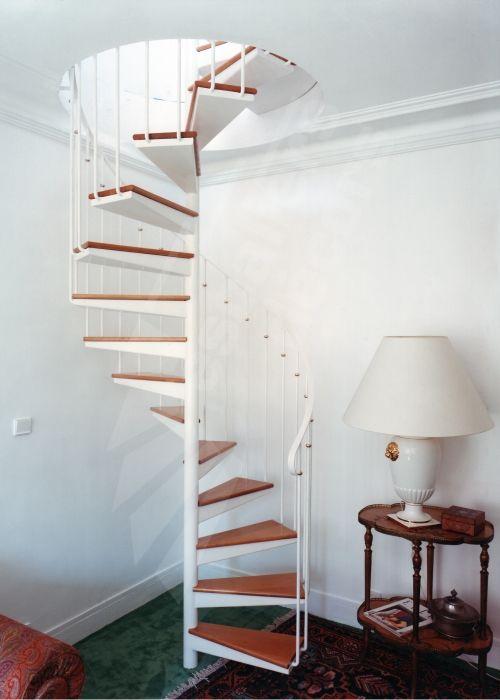 relooker un escalier en bois sans trendy peinture pour escalier bois peinture pour escalier. Black Bedroom Furniture Sets. Home Design Ideas