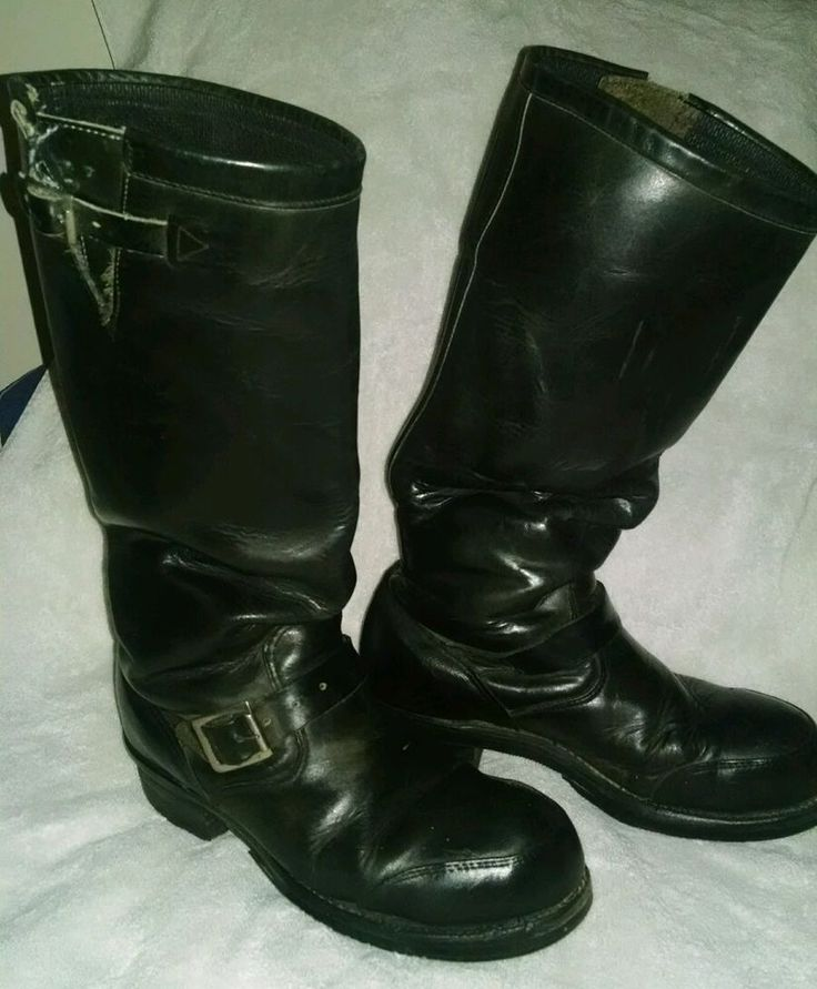 Chippewa Motorcycle / engineer boots 17  tall, steel toe, size 9D, USA made