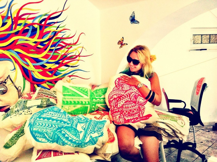 ©Kristinz Veritaz Design / Graz meets ℒondon ✈ My summer exhibition / pillows & me