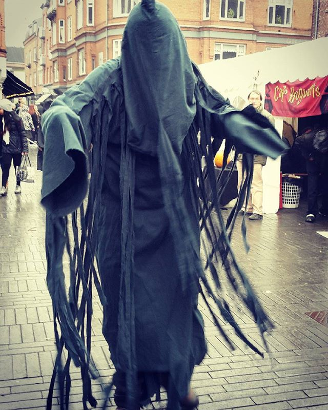 Went to the Harrypotter festival and ran into a dementor! Lucky he didnt Kiss me!  hahaha..#harrypotter #harrypotterworld #festivals #denmark #denmarkgirl #somuchfun #dementor #scary #greattime