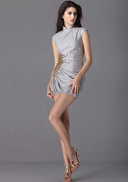 Krótka sukienka koktajlowa z szyfonu i satyny koraliki asymetryczna wysoka talia marszczona