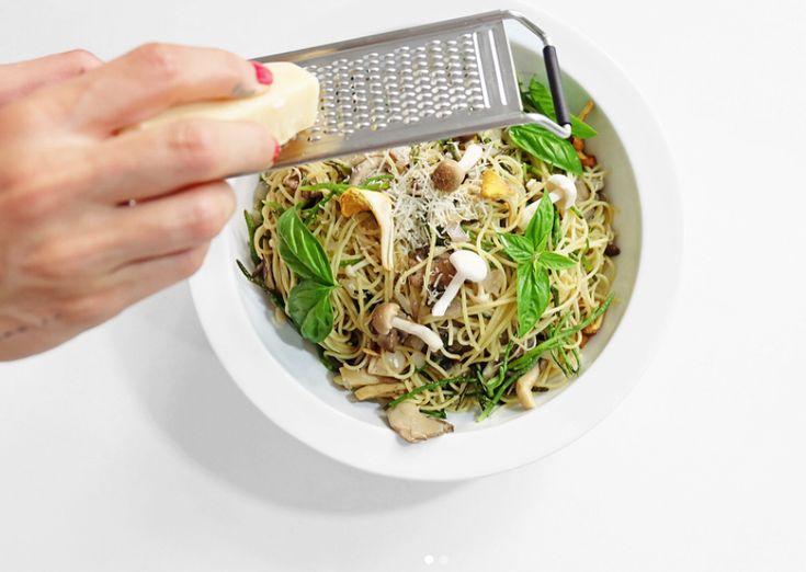 Happy Spring! Celebrate with this Mushroom and Sea Asparagus Pasta. Recipe on Jonny Hetherington Essentials website.