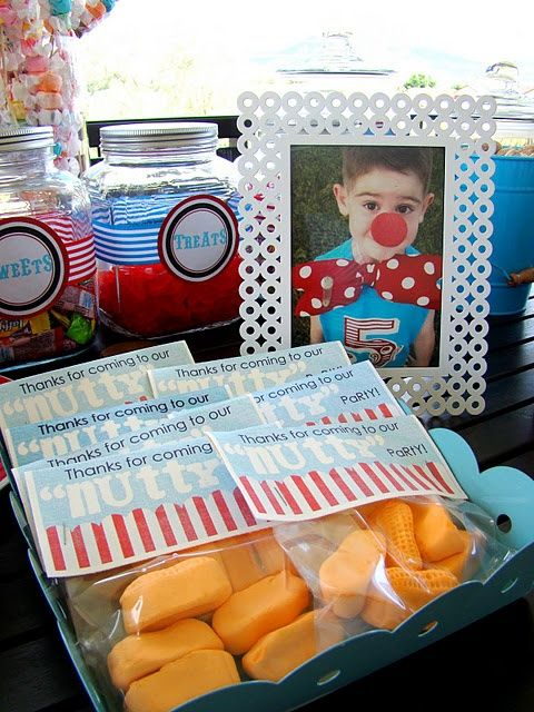 Circus Themed First Birthday Party | Lily Graces 1st Birthday / Super cute ideas for circus themed party