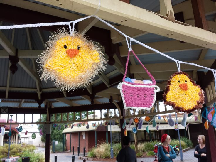 Fluffy Chick - Mini Easter Bomb - St Barbara's Square Kalgoorlie - Fossick Yarn Bomb Society