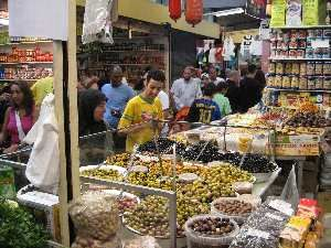 Een weekend naar de Bazaar van Beverwijk. De Zwarte Markt, Chinese markt, Grand Bazaar, Vlooienmarkt en Oosterse markt op zaterdag en zondag...