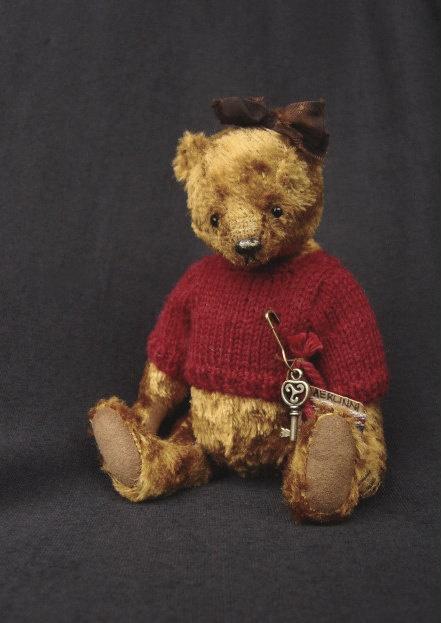 Claudia, One Of a Kind Artist Bear from  Aerlinn Bears,: