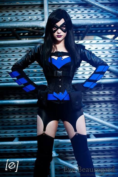 Female Nightwing cosplay. This may benone of my favorites ever.