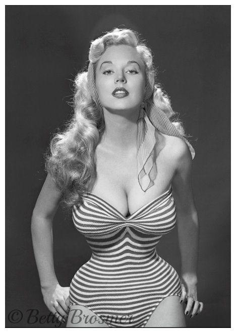 Betty Brosmer 1950s top model annees 50stripe swimsuit