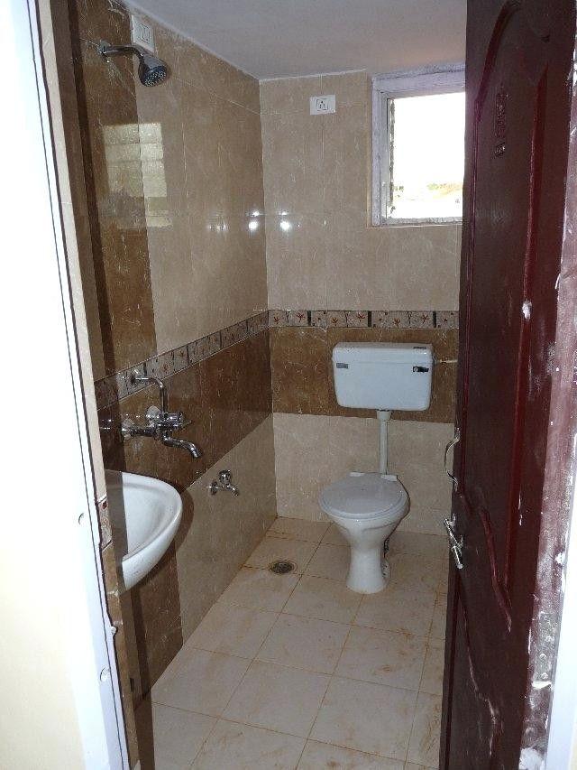 Fresh Bathroom Interior Design Small Indian Bathroom Laundry In 2020 Simple Bathroom Designs Interior Design Bathroom Small Bathroom Design Small