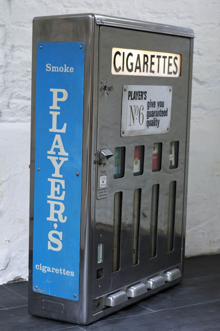 Vintage Players Cigarette Machine