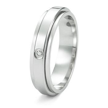 ポセション G34PJ900 - Piaget(ピアジェ)の結婚指輪(マリッジリング)結婚指輪は一粒ダイヤに♡マリッジリングの参考一覧♡
