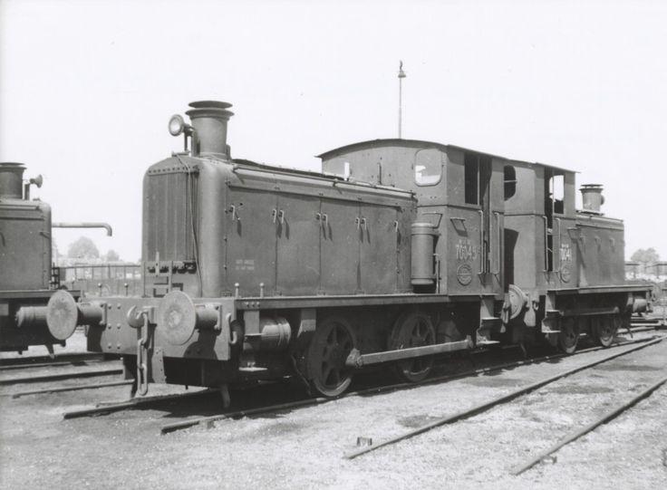 WD 70045 en 70041 Nijmegen 14 Juli 1945.
