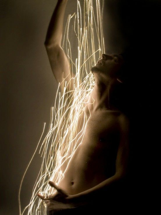 The Body ||| Long exposure photography and lightpainting// character inspiration