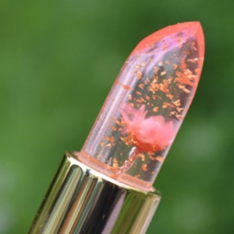 This makeup is truly magical: colour-changing lipsticks, each with a teeny-tiny flower inside. Sold by Kailijumei, the floral lipsticks appear clear, but show up on the lips in one of three colours: flame red, minutemaid, or pink barbie power. Each one adapts and changes based on your body temperature.