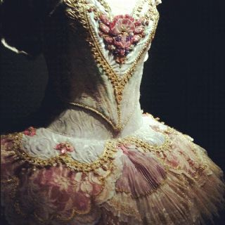 Sugar plum fairy tutu from the Nutcracker #ballet #tutu #vintage