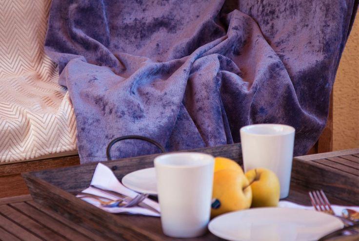 manta decorativa de nuestra colección exclusiva espera tu abrazo - OW home - manta - blanket - chenilla- textil
